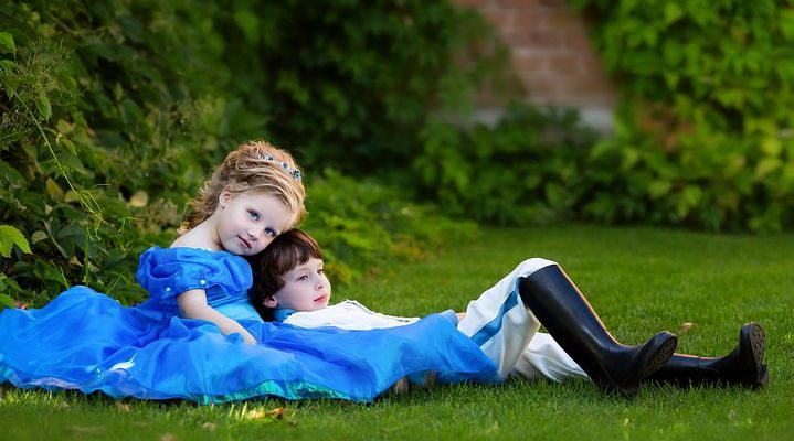 Find A Luxury Party Dress For Children That Will Allow Your Little One To Be The Belle Of The Ball